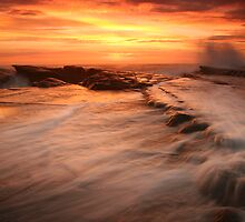 Sunrise Culburra Beach by Noel Elliot