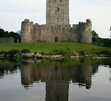 castle lake by Edward  manley