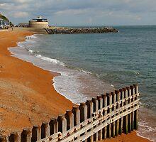 Ventnor Beach by Jonathan Cox