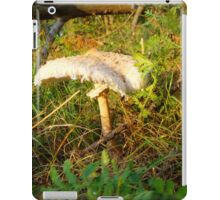 White Toadstool 2 iPad Case/Skin