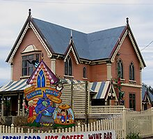 Gingerbread House, Tasmania by patapping