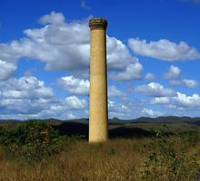 Mt Mulligan Chimney by minniemanx