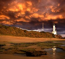 Low Clouds - Point Lonsdale by Hans Kawitzki