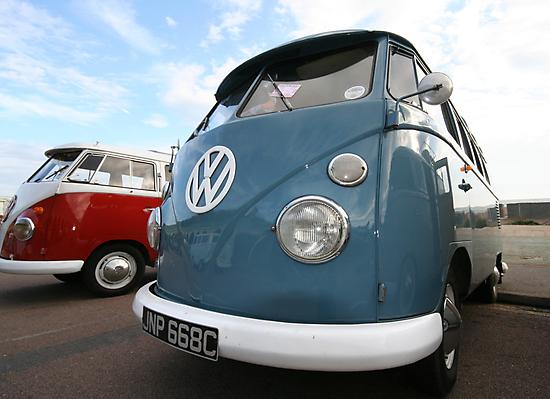 Fine VW Split Screen by AndyV