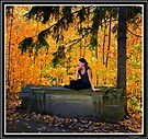 The Venus of the MacKenzie-King Estate - Autumn by Yannik Hay