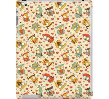Hear Little Owls Pattern. iPad Case/Skin