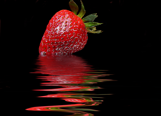 Strawberry Ripple by Maria Dryfhout