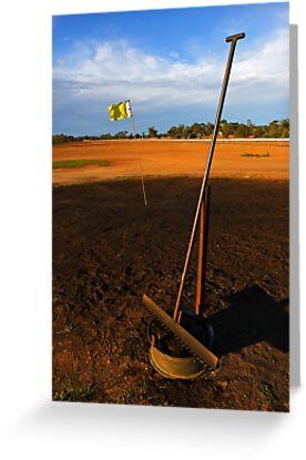 Lightning Ridge Golf Course by Darren Stones