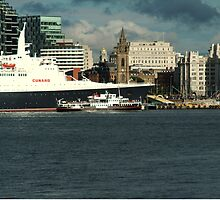 The QE2 VISITS LIVERPOOL FOR THE LAST TIME-3 by PhotogeniquE IPA