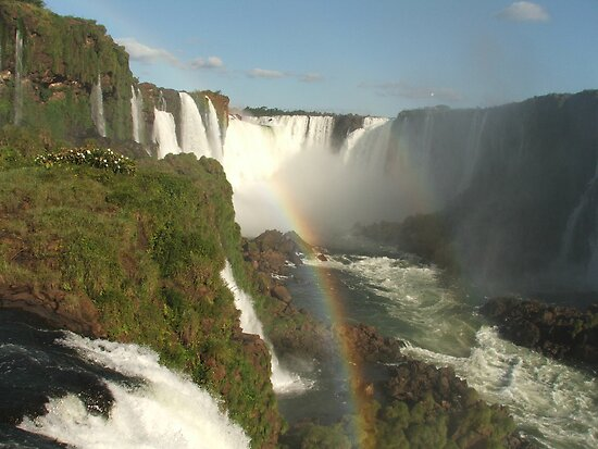 rainbow falls by mickeyb