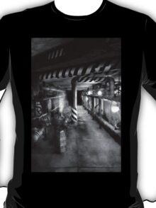Steampunk - The steam tunnel T-Shirt