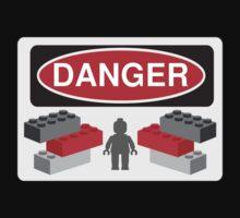 Danger Bricks & Minifig by ChilleeW