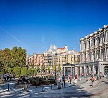 Oriente Square in Madrid by JJFarquitectos