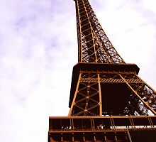Eiffel Tower by NinaB