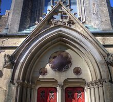 Metropolitan United Church by John Velocci