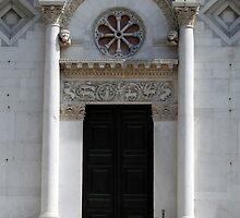 Portal of San Michelle by joggi2002