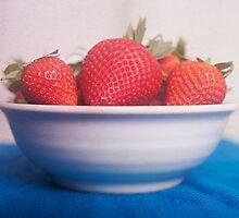 Vibrant strawberries, food photography by SammyPhoto
