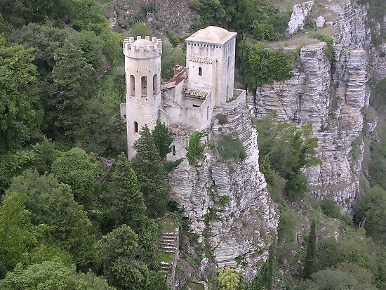castle of erice by rosebudz