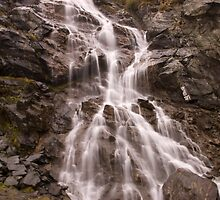 Waterfall by ictin