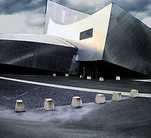 Imperial War museum by CrispNsharp