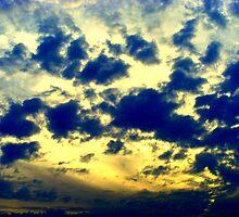 falling in the sky  by degamelin