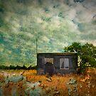 Little hut by Kurt  Tutschek