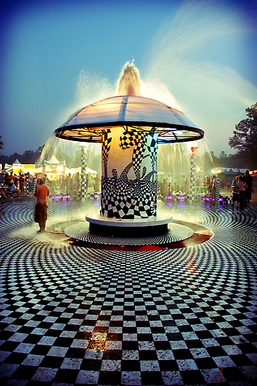 The 2007 Bonnaroo Fountain by joshunter
