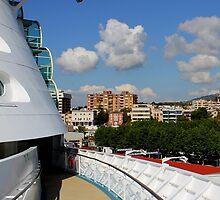 Palma On Deck by Wrayzo