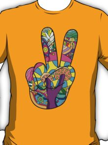 Magic mushroom pattern hippie victory hand  T-Shirt