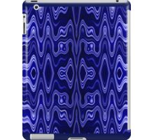 Blue pattern V iPad Case/Skin