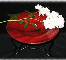 Crimson Bowl with Stand by Kaz Rhoads