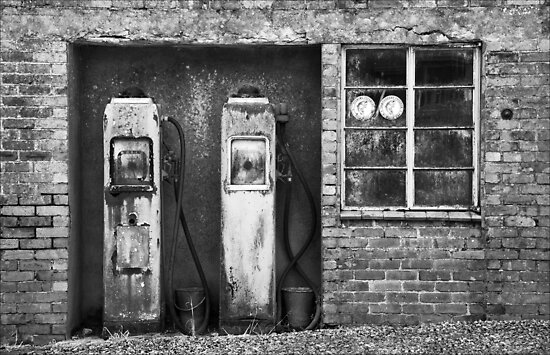 Pumps at Maenclochog by Hywel Harris