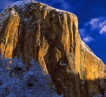 EL CAPITAN,WINTER MORNING(sunrise) by Chuck Wickham