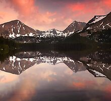 Davis Lake Sunset by Nolan Nitschke