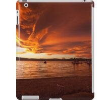 Mono Lake – Skies ablaze iPad Case/Skin