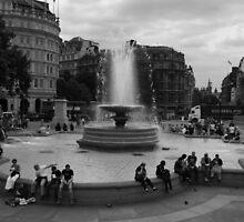 Trafalgar Square by DanniiLevi