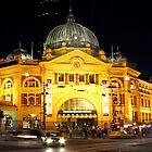 Flinders street station by Tim Beasley