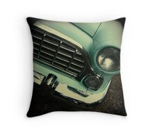 OLD CAR FRONT Throw Pillow