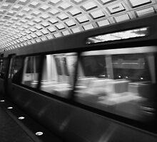 Metro 4 by Gabriel Martinez