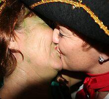 The kiss by christhepostman
