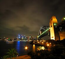 Sydney Harbour Bridge & Opera House by Bill Fonseca