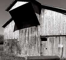 Barn with casket by © Joe  Beasley IPA