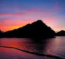 Palau Sunset by MattTworkowski