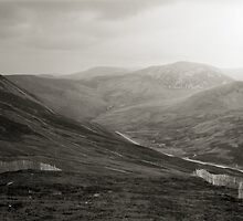Glenshee ski-run and mountains by PigleT