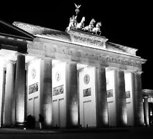 The Brandenburg Gate, Berlin by noddybuns