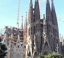 sagrada famillia at work by sequin