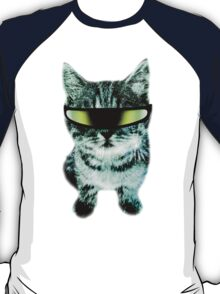 Beach Cat is ready to make waves (Guys) T-Shirt