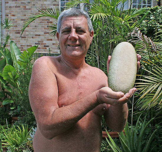 Sydney's (Australia's) best-known naturist WAS Bob Reed. Now too busy