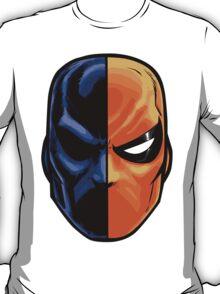deathstroke - mask (more detail) T-Shirt