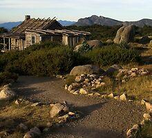 Craigs Hut by MakRo